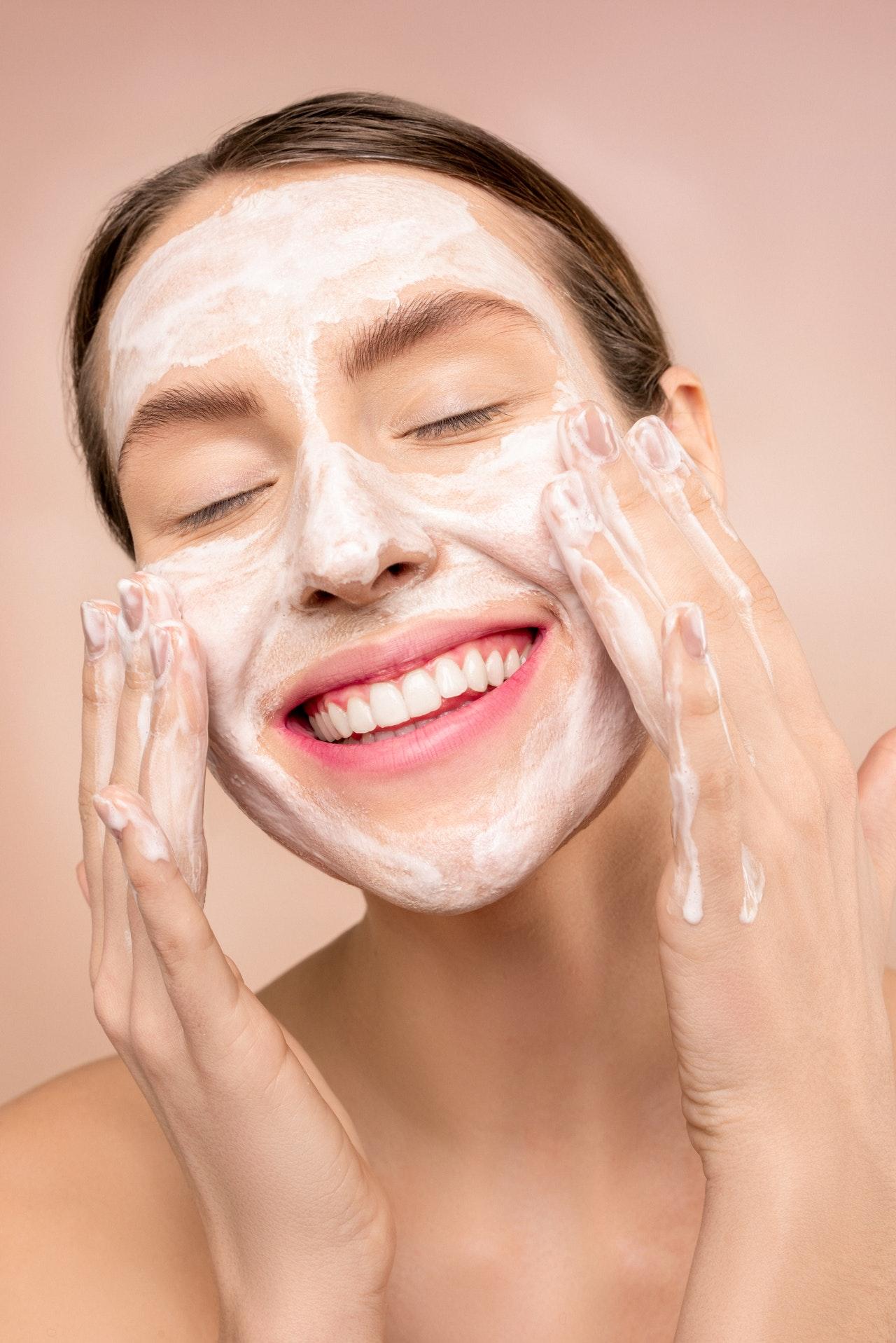 Maschera viso fai da te per una pelle radiosa