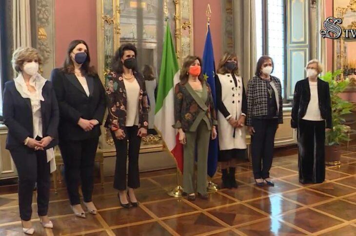 Presentato il Numero Verde di utilità sociale per l'utenza femminile a Elisabetta Casellati, Presidente del Senato, dai presidenti donne delle Società Scientifiche affiliate alla FISM -Federazione Italiana Società Medico-Scientifiche