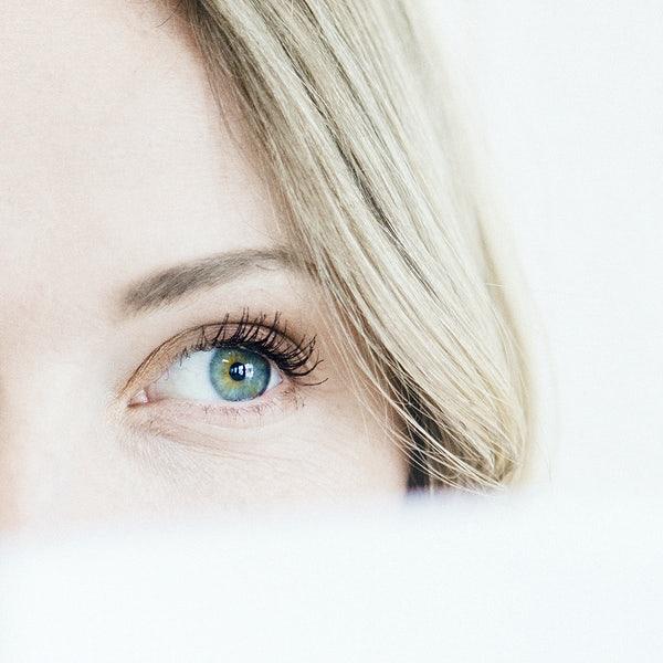 Negli ultimi tempi, colpa anche delle mascherine, aumentano la richiesta di interventi a livello degli occhi
