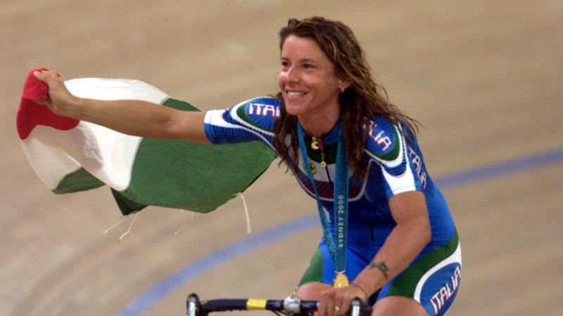 10 domande ad Antonella Bellutti, la regina italiana del ciclismo su pista