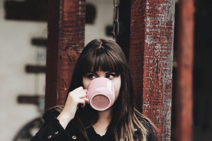 bere caffè fa bene al cuore e lo mantiene sano e giovane