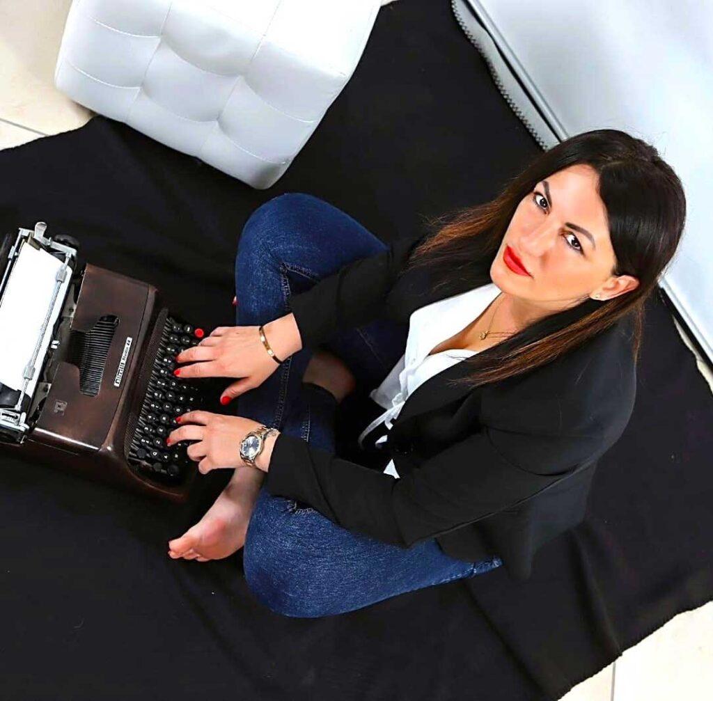 Vera Vasta, scrittrice